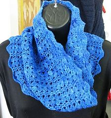My Other Cowl pattern by Kelly Judson