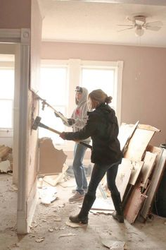 nicole curtis of rehab addict on the diy channel this girl has the best job - Rehab Addict Hgtv