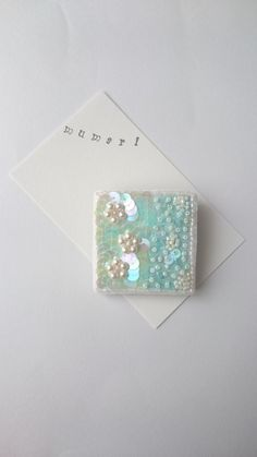 GreenGarden ビーズ刺繍ブローチ