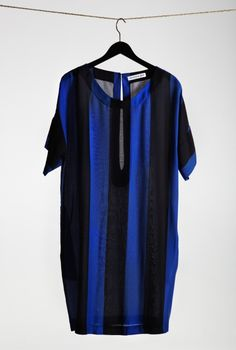 Relaxed, oversized vertical stripe dress. 100% viscose. By Rodebjer.