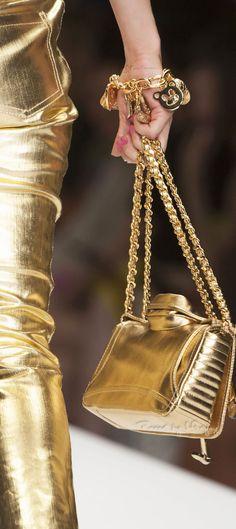 gold.quenalbertini: Golden, Detail