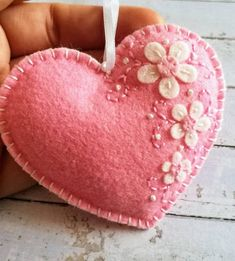 Pink_Heart_Ornament_DusiCrafts_18