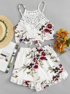 Halter Top con stampa floreale in pizzo con pantaloncini Abiti Vestito 0fc67b04c42