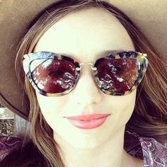 to ] Great to own a Ray-Ban sunglasses as summer gift.Miranda Kerr styles up her Miu Miu sunglasses Cute Sunglasses, Sunglasses Outlet, Oakley Sunglasses, Mirrored Sunglasses, Sunglasses Women, Sunnies, Celebrity Sunglasses, Estilo Miranda Kerr, Miranda Kerr Style