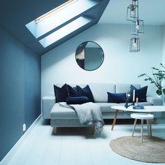 Loft  Nyt kvelden, vi har kjæreste kveld og egentlig telefon fri  ~~~~~~~~~~~~~~~ #loft #livingroom #livingroominspo #livingroomdecor #scandinavianhome #scandinaviandesign #skandinaviskehjem #finahem #nordichome #nordicinspiration #nordicdesign #nordiskehjem #interior4you #interiordesign #interior #interiør #interior123 #interior4all #interiorwarrior #gullfjæren_moderne #livingroom #bobedre #iboligendk #ukensinstagrammer #inspoweekend #stue #loftstue #homestyling #homedecor #homedesign Living Room Designs, Living Rooms, Scandinavian Design, Advent, Photo And Video, Simple, Table, Furniture, Home Decor