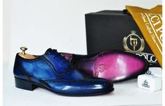 Mens Luxury Shoes : TucciPolo Bleached Blue Oxford Mens Handcrafted Leather Hand-Painted Luxury Shoe - ID Italian Leather Shoes, Leather Dress Shoes, Italian Shoes, Buy Shoes, Men's Shoes, Shoes Men, Designer Dress Shoes, Custom Made Shoes, Classy Men