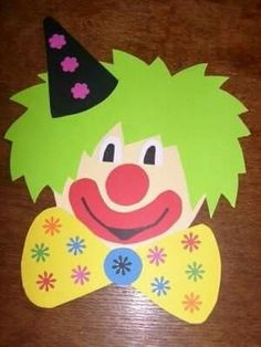 Free clown craft idea for kids Handicrafts and worksheets for preschool children, . Clown Crafts, Kids Crafts, Carnival Crafts, Toddler Crafts, Projects For Kids, Arts And Crafts, Summer Crafts, Preschool Circus, Preschool Crafts