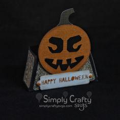 Smiley Halloween Jack-o-lantern Treat Box SVG File.  Halloween pumpkin SVG design. Halloween SVG Favor Box. #simplycraftysvgs #svgcuttingfiles