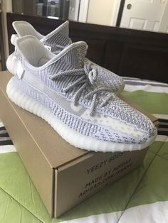 ceeb99f8148a37 Details about Adidas Yeezy Boost 350 V2 Static 3M Running Trainers Shoes  black