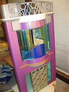 2004 BRATZ Doll 3 Story High Rise House/Apartment Pad