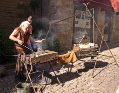 The blacksmith at the armoury at colonial williamsburg for Craft in america forge