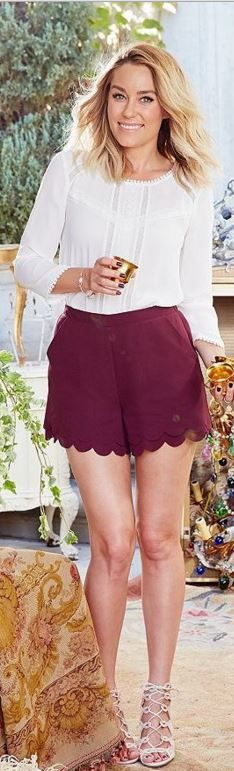 Who made  Lauren Conrad's red scallop shorts and white top?