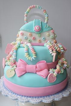 Possibly one of the cutest cakes I have ever seen!