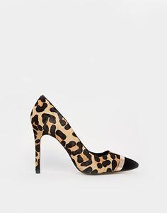 Zapatos de salón de tacón con estampado de leopardo y detalle de metal Bellini de Dune