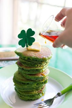 naturally colored green pancakes! delicious and fun recipe at http://www.teacheatlove.com