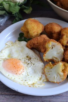 Meals Without Meat, Cauliflower, Eggs, Breakfast, Ethnic Recipes, Food, Breaded Cauliflower, Morning Coffee, Cauliflowers