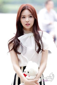the world of women: fiestar — jei。 〉 - ulzzang idol actress ulzzangs actor . Kpop Girl Groups, Korean Girl Groups, Kpop Girls, Kim Tae Hee, Kim Jin, Snsd, K Pop, Korean Celebrities, Celebs