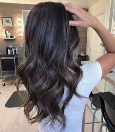 Subtle ash brunette bayalage. when i see all these fall hair colors for brown blonde balayage carmel hairstyles it always makes me jealous i wish i could do something like that I absolutely love this fall hair color for brown blonde balayage carmel hair style so pretty! Perfect for fall!!!!!