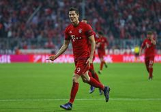 Levandowski has scored 10 or Bayern's last 13 goals! 3 more today in CL play!