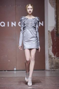 Yiqing Yin Spring Summer Couture 2012 Paris