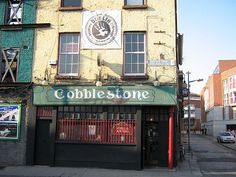 The Cobblestone is located at the top of Smithfield, near the Four Courts, in the North Inner City. The Cobblestone holds gigs throughout the week. It's the best place you'll go to hear traditional Irish music.