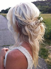 Hair Inspiration | Soft Half Up-Do - bohemian chic natural wavy tousled messy braid hairstyle wedding ideas