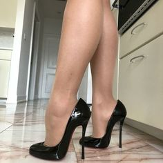 Pink High Heels, Hot High Heels, Womens High Heels, Shose Heels, Pumps Heels, Stiletto Heels, Pantyhose Heels, Stockings Heels, Talons Sexy