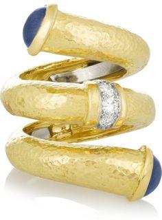David Webb Double Tip Nail 18-karat gold, sapphire and diamond ring