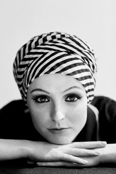 The Stylish Possibilities for Hair Loss After Cancer, Chemo, and Alopecia - Vogue