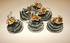Realizzare decorazioni con capsule nespresso http://www.lovediy.it/guide/realizzare-decorazioni-con-capsule-nespresso/ Decorazioni con capsule #nespresso riciclate, per un Natale green all'insegna del #riciclo!