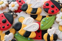 """Sweet Bumblebee and Ladybug Cookies"" by The Sweet Adventures of Sugarbelle Ladybug Cookies, Bee Cookies, Iced Sugar Cookies, Galletas Cookies, Fancy Cookies, Royal Icing Cookies, Cupcake Cookies, Flower Cookies, Cookie Bouquet"