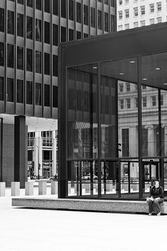 chicago federal center - Mies