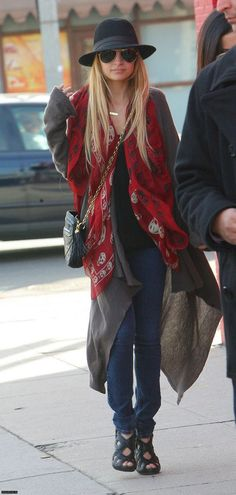 Nicole Richie rocker boho style look