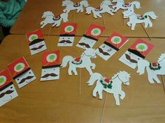 Kindergarten Projects, Martini, Art For Kids, Arts And Crafts, Holiday Decor, Spring, Christmas, Type 3, Facebook