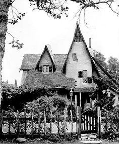 Storybook houses ( Los Angeles Times ) But the trend was short-lived. Construction of storybook-style houses all but stopped by the late The Spadena House, Beverly Hills. Storybook Homes, Storybook Cottage, Los Angeles Landscape, Art Nouveau, Gothic, Hometown Heroes, Us Real Estate, Second Empire, Witch House