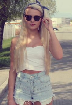 Check the most popular fashion pictures on Pinterest. Just pin the pictures and you will see great results
