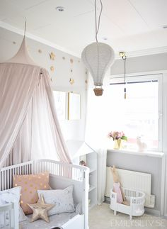 Girl's pastel dream room, with bed canopy and star garland, hot air balloon and Maileg bunny in a little doll crib. Baby Bedroom, Baby Room Decor, Nursery Room, Girls Bedroom, Nursery Themes, Girl Nursery, Nursery Ideas, Room Baby, Bedroom Ideas