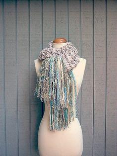 serenidad.  handknit hilo grueso arte bufanda bufanda flecos de lana de invierno cálido bufanda de punto casita en la playa elegancia lamentable abrigo del mantón de color crudo arena azul agua