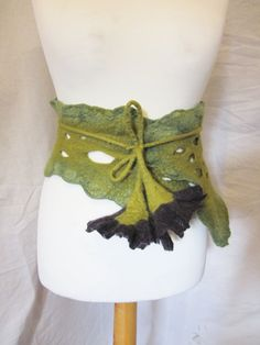 Wet Felted Woodland Belt.  Might attempt something similar with knitted leaves instead of these large flowers.