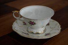 Essa xícara tem cheirinho de casa da vovó! Conheça mais da porcelana e de sua dona, a cozinheira Giovana Nacarato.