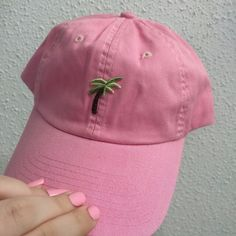 Pink palm tree cap