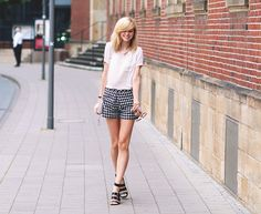 checkered shorts - BEKLEIDET - Modeblog / Fashionblog GermanyBEKLEIDET – Modeblog / Fashionblog Germany