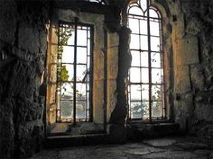 "pagewoman: "" Window, Carisbrooke Castle, Isle of Wight, England """