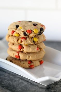 Reese's Pieces make these Reese's peanut butter cookies double peanut awesomeness! Peanut butter lovers unite!