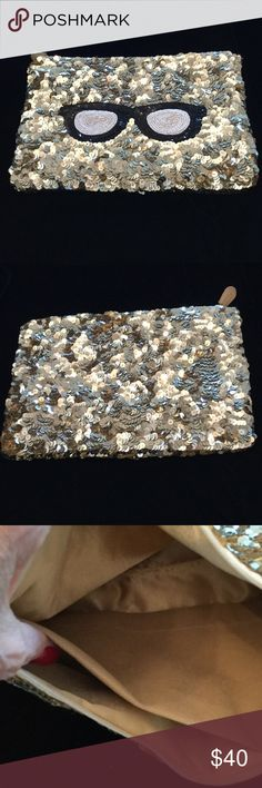 MOYNA DESIGNER GOLD AND BEADED CLUTCH CUTE DESIGNER CLUTCH BAG. NEW THIS SEASON.  NWT MOYNA Bags Clutches & Wristlets