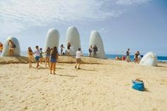 Notitur.: Punta del Este, un exótico paraíso en América del Sur http://destinosdeluruguay.blogspot.com/2014/03/punta-del-este-un-exotico-paraiso-en.html