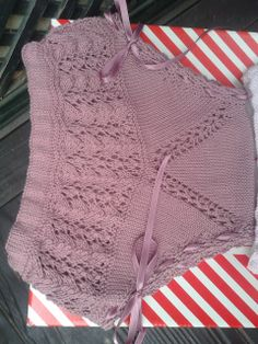 En punto, de mí para ti. Heirloom Sewing, Baby Born, Baby Wearing, Baby Knitting, Crochet Top, Knitting Patterns, Underwear, Sweaters, Kids