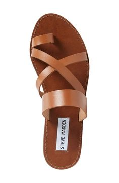 Sandals Summer - Steve Madden Ambler Sandal (Women) - There is nothing more comfortable and cool to wear on your feet during the heat season than some flat sandals. Women's Shoes, Cute Shoes, Me Too Shoes, Shoe Boots, Golf Shoes, Dance Shoes, Flat Shoes, Sandals Outfit, Cute Sandals