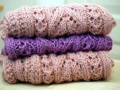 Ravelry: Kerttu-tuubi pattern by Paula Loukola Knitted Shawls, Ravelry, Knit Crochet, Crotchet, Diy And Crafts, Sewing, Pattern, Cowls, Knitting Ideas