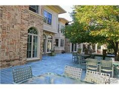 Large area for outdoor dining | 12 Apple Tree Lane, Ladue, MO Luxury Real Estate Property - MLS# 13019117 - Coldwell Banker Previews International